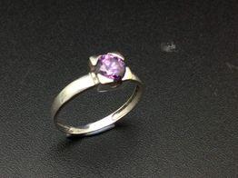anillo oro 18k con piedra