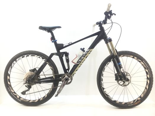 bicicleta montaña canyon irc tire