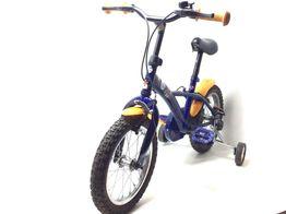 bicicleta niño otros pinguinos