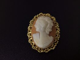 broche oro primera ley (oro 18k con piedra)