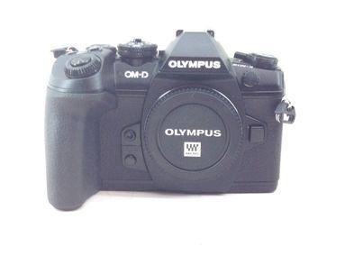 camara digital evil olympus om-d e-m1 mark ii