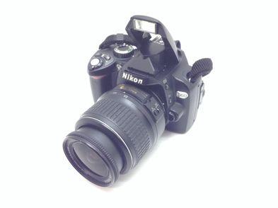 camara digital reflex nikon d60 + af-s dx 18-55mm f/3.5-5.6g ed ii