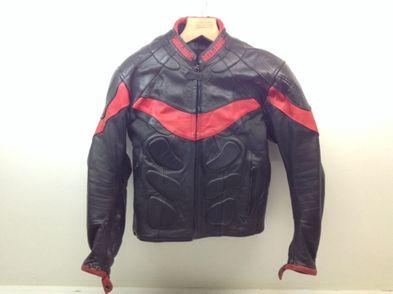 chaqueta motorista miline negro rojo