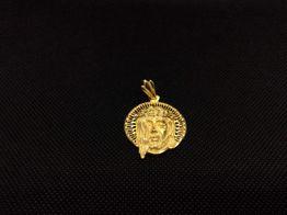 colgante oro primera ley (oro 18k)
