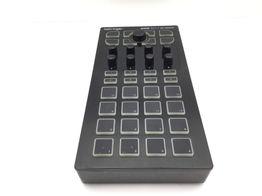 controlador behringer cmd dc-1