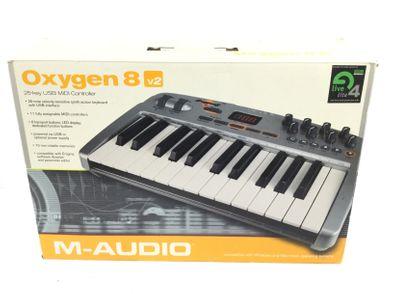 controlador m audio oxygen8 v2