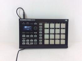 controlador native instruments maschine mikro mk2  r2 black