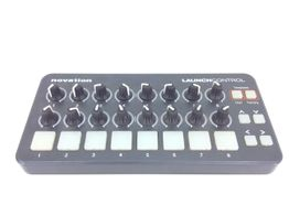 controlador novation launch control fa0940-01