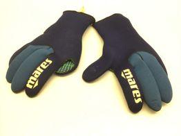 guantes submarinismo mares
