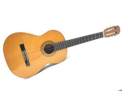 guitarra clasica admira monica