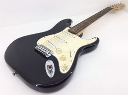 guitarra electrica squier fender stratocaster