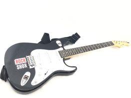 guitarra elétrica outro preta