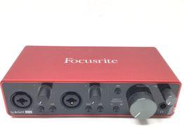 interface focusrite scarlett 2i2