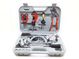 kit herramientas variadas - 9pzas  rojo y negro.