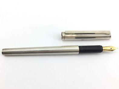 pluma estilografica alta gama