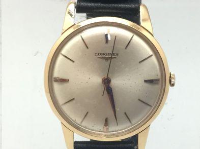 reloj de oro longines no tiene