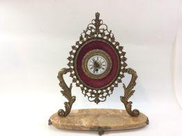 reloj sobremesa otros relok antiguo dorado con dibujo