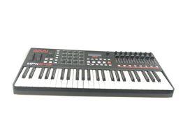 teclado eletrónico akai mpk249