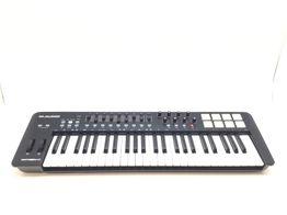 teclado eletrónico outro oxygen49