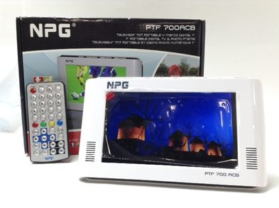 televisor lcd portatil npg ptf 700acb