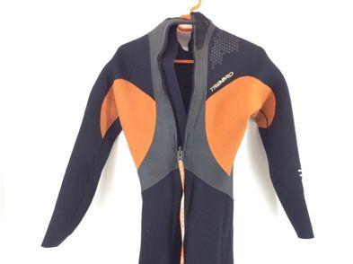 traje neopreno tribord naranja y negro