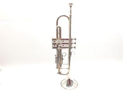 trompeta otros plateada