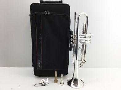 trompeta yamaha ytr3335